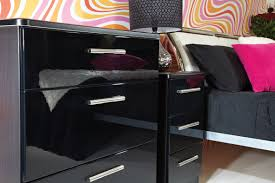Black Furniture Paint by Black High Gloss Bedroom Furniture Izfurniture