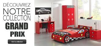 deco chambre garcon voiture grand prix un lit voiture original pour la chambre de votre enfant