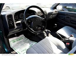 nissan hardbody 4x4 gray interior 1995 nissan hardbody truck xe v6 extended cab 4x4