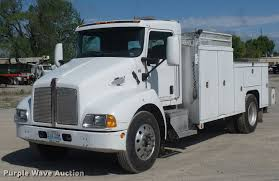 kenworth automatic transmission for sale 2005 kenworth t300 service truck with crane item dd9346