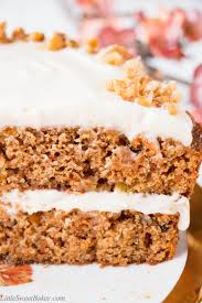 healthy carrot cake with yogurt cream cheese frosting video