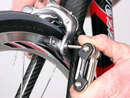 changer chambre à air vélo course conseils pour changer ses patins de frein pour vélo