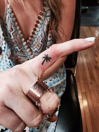 9 palm tree finger tattoos