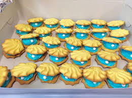 seashell shaped cookies the 25 best clam shell cookies ideas on oyster