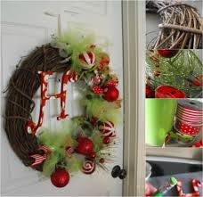 Decorating Grapevine Wreaths For Christmas by Wonderful Christmas Wreaths You Can Easily Diy