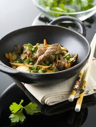 cuisiner viande quels morceaux de viande cuisiner au wok cuisine et achat la