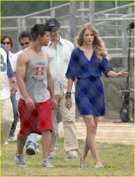 valentine s day taylor swift u0026 taylor lautner valentine u0027s day date photo