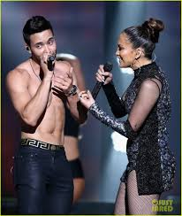 prince royce 2015 jennifer lopez sings with shirtless prince royce in miami photo