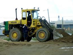 file volvo front end loader 11815867046 jpg wikimedia commons