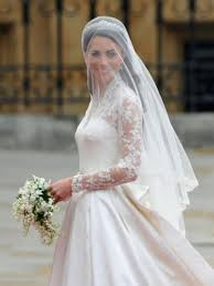 wedding dress kate middleton royal wedding dress kate middleton wedding dress onefabday
