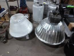 400 watt l fixture 1 hubbell 400 watt superwatt warehouse light fixture new 19 h x