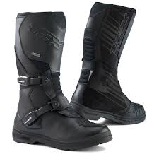 best sport motorcycle boots 10 of the best adventure boots visordown