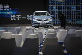motorcorp chinese cities give toyota boost in hunt for hybrid car buyers