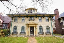 incredible boston edison fixer upper sells for 194k curbed detroit
