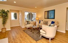 Kingston Laminate Flooring Mls 40796388 988 888 Www Tessarealestate Com 36 N Kingston St