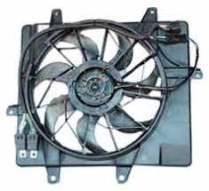 chrysler pt cruiser radiator fan amazon com tyc 621240 chrysler pt cruiser replacement radiator