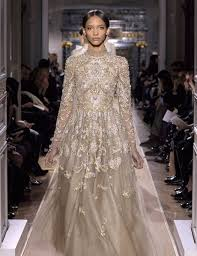 valentino wedding dresses guide to archive dress shopping at valentino