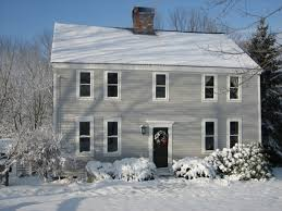 Colonial Saltbox House Plans by The Laban Capron House Is An 18th Century Post And Lintel New