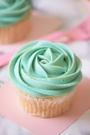 Cupcake Wedding Cake The 25 Best Teal Cupcakes Ideas On Pinterest Tiffany Blue Party