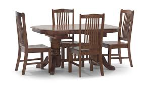 council oak trestle table with 4 noah chairs by thomas cole hom