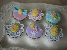 Easy Home Cake Decorating Ideas by Cupcake Cake Decorating Ideas House Decorations And Furniture