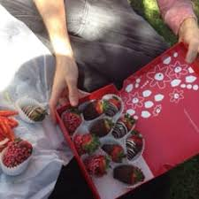 edible arrangement chocolate covered strawberries edible arrangements 17 photos 38 reviews gift shops 2200 w