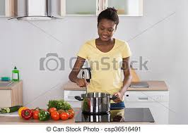 cuisine femme femme repas cuisine cuisine femme cuisinière cuisine