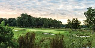 Discover Medoc One Hole High by Golf Amongst The Vines U2022 Kingdom Magazine