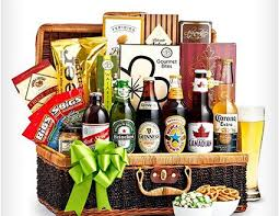 san francisco gift baskets best 25 creative gift baskets ideas on gift