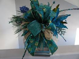 Peacock Centerpieces 65 Best Christmas Wreaths By Swaymevegas Images On Pinterest