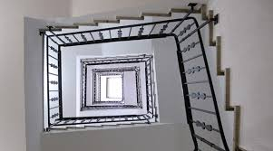 ma chambre a la forme d une cage location utilisation de la cage d escalier gvb infomaison