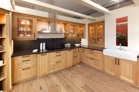 küche eiche hell küchen eiche hell farbton auf küche auch kuche eiche hell rustikal