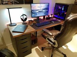 Gaming Desk Setup Pc Gaming Desk Setup 25 Best Ideas About Gaming Setup On