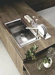 evier cuisine original evier sous plan franke inox cuve en granit collace sous un plan de