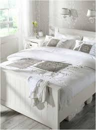 chambre bois blanc deco chambre adulte bois blanc