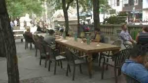 new york public library opens pop up outdoor reading room abc7ny com