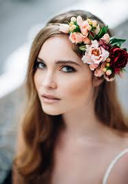 wedding flowers in hair 20 gorgeous wedding hairstyles with flowers everafterguide