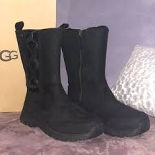 do womens ugg boots run big 20 ugg shoes black uggs size 9 5 with zipper from