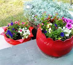 Porch Planter Ideas by 13 Planter Ideas That Blow All Other Planters Out Of The Water