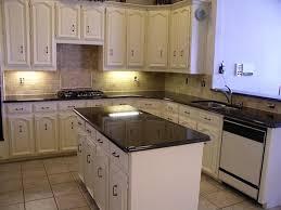 Granite Kitchen Makeovers - 21 kitchen countertop ideas with uba tuba granite kitchen