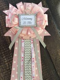 corsage de baby shower princess baby shower to be pin princess