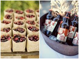 wedding favor ideas for a fall wedding
