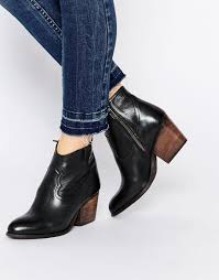 So Ankle Boots Steve Madden Sogood Black Heeled Ankle Boots In Black Lyst