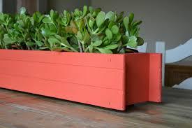 how to make a planter box centerpiece