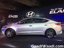 hyundai elantra price in india 2016 hyundai elantra launched in india price specs pics review