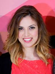 short hair with ombre hair style and color for woman