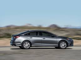 a glimpse into the features of new 2017 hyundai sonata