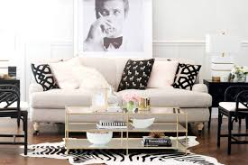 interior design specialist havenly giving free design advice to