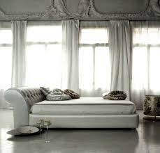 Retro Bedroom Designs by Silver Retro Bedroom Idea In Minimalist And Simple Design Silver