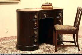 Kidney Bean Shaped Desk Antique Kidney Shaped Desk Kidney Shaped Desk Antique Kidney